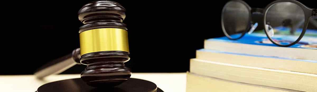 law-book-with-gavel-domestic-violence-law